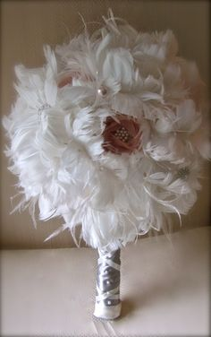 feather bouquet...yessss perfect so elegant