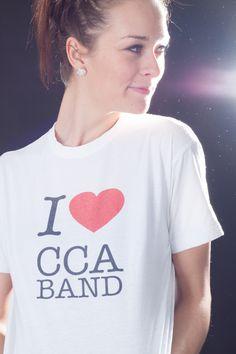 Všichni v partě máme tyhle trika =) Love CCA BAND, a taky milujem živou hudbu.