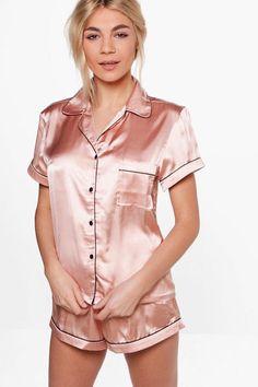 Pajamas For Women Sleepwear Shapewear Lingerie Pink Fluffy Pyjamas Gar – pitayatal Pajamas For Teens, Cute Pajamas, Comfy Pajamas, Onesie Pajamas, Satin Pyjama Set, Pajama Set, Satin Cami, Satin Pajamas, Stretch Satin