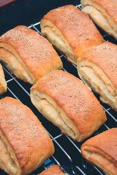Cooking Bread, Bread Baking, Diy Snacks, Danish Food, Food Crush, I Love Food, No Bake Cake, I Foods, Food Porn