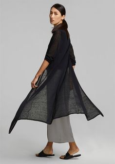 Free Standard Shipping $250+ Shop Petite Womens Clothing at EILEEN FISHER