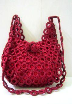 Beautiful Crochet Jasmine Stitch Purse - Craft & Patterns - crochet sling bags Free Crocheted Sling Bag Maroon Purse With by ChikraftHandmade – - Bag Crochet, Crochet Shell Stitch, Crochet Handbags, Crochet Purses, Love Crochet, Beautiful Crochet, Crochet Hooks, Purse Patterns, Craft Patterns