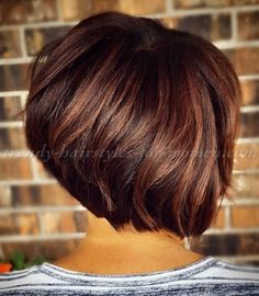 20 graduated bob haircut pictures - Awesome Haircut Models and Ideas Short Bob Hairstyles, Trendy Hairstyles, Indian Hairstyles, Bandana Hairstyles, Bridal Hairstyles, Professional Hairstyles, Graduated Haircut, Graduated Bob, Short Hair Cuts
