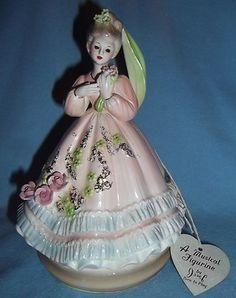 VINTAGE JOSEF ORIGINALS LOVELY LADY Because of You MUSICAL FIGURINE MUSIC BOX