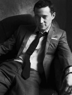 Joesph Gordon-Levitt, I'll take one of him any day!