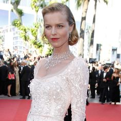 Eva Herzigova wearing Chopard's dazzling diamond necklace that is a tribute to the greatest glamour puss of them all, Marilyn Monroe.
