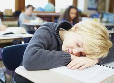 Does your child feel overloaded and not have enough downtime? Use these tips to help kids with learning and attention issues take effective breaks and avoid burnout. Start School Later, Starting School, Flipped Classroom, School Classroom, Classroom Ideas, Teaching Technology, Educational Technology, Instructional Technology, Elementary Education