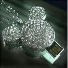Mickey usb flash drive necklace