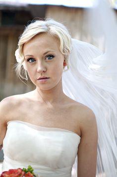 ♥ this bridal portrait {Lauren Rae}