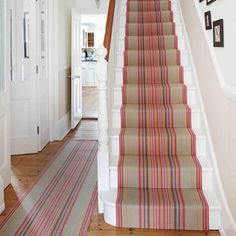 Roger oates chatham mallow stair runner modern corridor, hallway & stairs by roger oates design modern Room Photo, Interior Modern, Interior Design, Hallway Designs, Hallway Ideas, Staircase Ideas, Corridor Ideas, Narrow Staircase, Staircase Makeover