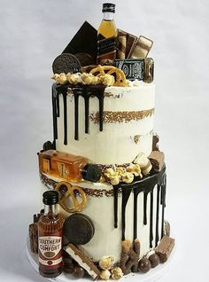 ❥●❥ ♥ ♥ ❥●❥ Rustic Birthday Cake, 30th Birthday Cakes For Men, Image Birthday Cake, Birthday Cake For Husband, 21st Cake, 50th Cake, Chocolate Drip Cake Birthday, Lolly Cake, Alcohol Cake