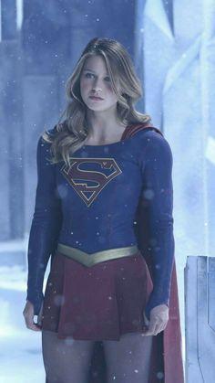 Melissa Benoist in Supergirl Melissa Marie Benoist, Supergirl Season, Supergirl Superman, Supergirl And Flash, Supergirl Movie, Supergirl Series, Mellisa Benoist, Melissa Supergirl, Colleen Atwood