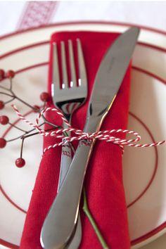 #Christmas #table #festive   Dille & Kamille