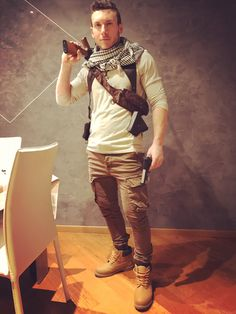 Nathan Drake Uncharted 3 cosplay 2017