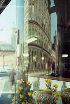 Saul Leiter was born in Pittsburgh in After attending the Telshe Yeshiva Rabbinical College in Cleveland, Ohio Leiter moved to New York to . Photography Gallery, Artistic Photography, Fine Art Photography, Street Photography, Saul Leiter, Pittsburgh, Pennsylvania, A New York Minute, New York School