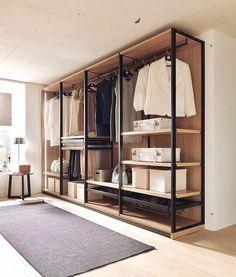 Que armário aberto mais lindo! Open Wardrobe, Wardrobe Room, Wardrobe Design Bedroom, Closet Bedroom, Loft Closet, Closet Space, Walk In Closet Design, Closet Designs, Industrial Closet