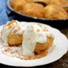 Cottage Cheese Dumplings with Sour Cream - Traditional Hungarian Recipe. Hungarian Cuisine, Hungarian Recipes, Hungarian Food, Hungarian Desserts, Diet Desserts, Paleo Dessert, Yummy Drinks, Yummy Food, European Dishes