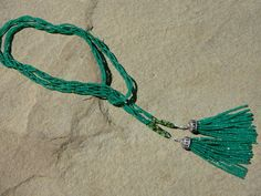 Lariat MultiStrand Tassel Necklace with Chrome por TeeceTorre