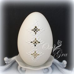 Hobbies And Crafts, Arts And Crafts, Types Of Eggs, Painted Rocks, Hand Painted, Carved Eggs, Egg Designs, Crafts To Make And Sell, Egg Art
