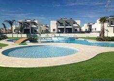 Quattro Villa in exklusiver Anlage in Torrevieja  Details zum #Immobilienangebot unter https://www.immobilienanzeigen24.com/spanien/comunidad-valenciana/03183-torrevieja/Reihenendhaus-kaufen/20148:-79320609:0:mr2.html  #Immobilien #Immobilienportal #Torrevieja #Haus #Reihenendhaus #Spanien