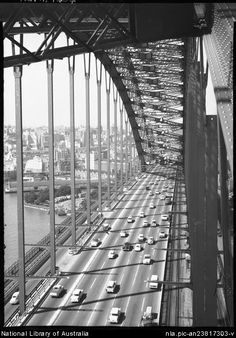 Hurley, Frank, 1885-1962.  Harbour Bridge [Sydney, New South Wales
