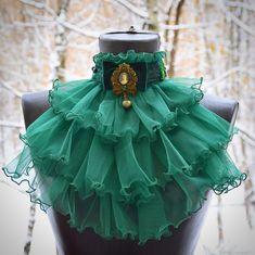 Victorian Fashion, Gothic Fashion, Modest Fashion, Fashion Art, Fashion Design, Moda Vintage, Lace Gloves, Steampunk Clothing, Fabric Jewelry