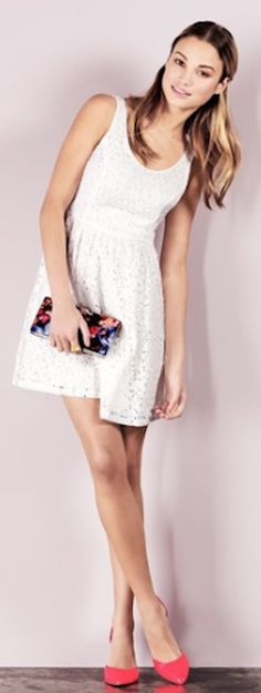 floral lace skater dress http://rstyle.me/n/pgnj2pdpe