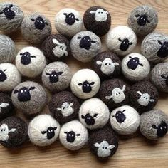 Sheepy 100 Wool Felt Dryer Balls by lynnslidsFestive Friday's: wool love for dryer balls 🐏_______________________________________________ wool dryer balls by LynnSlids via Etsy (reduce your energy consumption) __________________________________________ Felted Soap, Wet Felting, Needle Felting, Sheep Crafts, Felt Crafts, Felted Wool Crafts, Fabric Crafts, Needle Felted Animals, Felt Animals