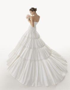 Барбара Палвин в свадебной фотосессии | Glamour.ru