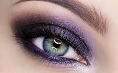 """Today something for connoisseurs of dark evening make-up - purple """"dragon"""", made the paddle MAC PinkLuxe. This make-up will check each eye color. It can be a great alternative to the classic black smoky-eyes, which is sometimes too overpowering. Purple Makeup, Makeup For Green Eyes, Love Makeup, Diy Makeup, Colorful Makeup, Makeup Looks, Makeup Ideas, Dragon Makeup, Perfect Cat Eye"""