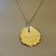We love I. Reiss!! #ireiss #finejewelry #gold #diamond #pendant #necklace #schomburgs #jewelers #jewelrygoals #shopsmall #shoplocal #familybusiness #columbusga #april #birthstone #chic