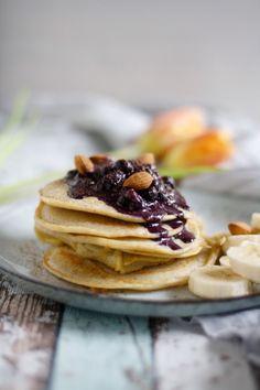 Glutenfreie Pancakes sind nicht nur etwas für Menschen mit Glutenunverträglichkeit. Die Buchweizenpfannkuchen sind eine schmackhafte Frühstücksidee.