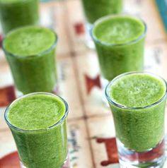 Beginner Green Tea Smoothie   {Vegan, Gluten-Free, Sugar-Free}