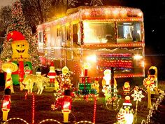 1000 images about christmas rvs campers on pinterest for Airstream christmas decoration