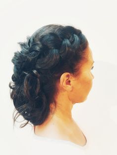 Messy braided hairstyle. Dutch braid, pull through braid, fishtail braid.