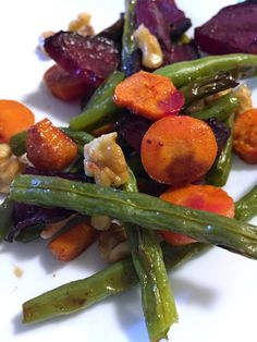 Roasted green beans and beets with carrots, mushrooms, and walnuts to ...