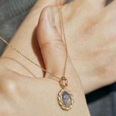 Tiny Diamond Heart Necklace / Mini Diamond Hear Pendant in Gold / Diamond Heart Necklace Micro Pave Setting - Fine Jewelry Ideas Dainty Jewelry, Cute Jewelry, Jewelry Accessories, Fashion Accessories, Fashion Jewelry, Bijou Brigitte, Accesorios Casual, Diamond Are A Girls Best Friend, Gold Necklace
