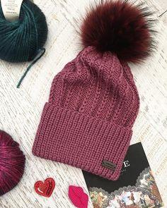 Knitting Patterns, Crochet Patterns, Crochet Ideas, Knitting Accessories, Crochet Baby, Ravelry, Knitted Hats, Winter Hats, Baby Dresses