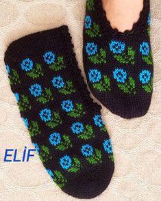 #selamunaleykum #iyiakşamlar #patikmodelleri #pazar #patik #bohça #beşşiş #beğeni #elemeği #elişi #handmade #havlukenarı #instagram #keşfet… Viking Tattoo Design, Viking Tattoos, Knitted Gloves, Knitting Socks, Baby Knitting Patterns, Sunflower Tattoo Design, Crewel Embroidery, Homemade Beauty Products, Foot Tattoos