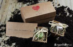 "Caja ""Love is the Earth"" para jardineros románticos"