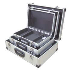 METAL FLIGHT CASE LOCKABLE TRIPLE PACK