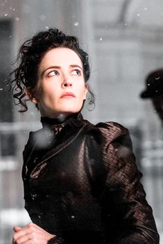 Eva Green as Vanessa Ives in Penny Dreadful Penny Dreadful Tv Series, Eva Green Penny Dreadful, Triquetra, William Wordsworth, Dorian Gray, Frankenstein, Vanessa Ives, Miss Peregrine, French Actress
