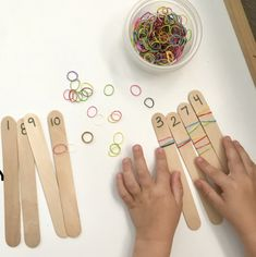 Counting and fine motor practice for kids Learning with elastics- Little School of Smith's Motor Skills Activities, Preschool Learning Activities, Toddler Learning, Toddler Activities, Preschool Activities, Learning Games, Montessori Kindergarten, Childhood Education, Kids Education