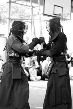 Japanese fencing, Kendo 剣道 #martial arts #fighter #kendo Japanese Fence, Japan Holidays, Sea Of Japan, Sword Fight, Warrior Spirit, Nippon, Samurai Art, Kendo, Action Poses