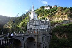 catedral de la laja - cololombia
