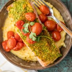 Herb Crusted Salmon with Goat Cheese Polenta is our favorite easy healthy recipe! So much flavor in the basil crusted salmon, tomatoes, and creamy goat cheese polenta! Polenta Recipes, Goat Cheese Recipes, Crusted Salmon, Baked Salmon, Whole30 Salmon Recipes, Fisher, Cheese Polenta, Perfect Pot Roast, Roast Gravy