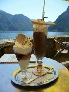 Eiscafe Johannsberg Traunkirchen, Austria Austrian Food, Austrian Recipes, Slovenian Food, Famous Musicals, Visit Austria, Carinthia, Salzburg, Lake District, Food And Drink