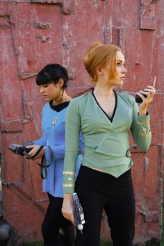 jazuthewasianprincess:    ohbehavedarling:    valyria-kam:    cosplay-catwalk:    Star Trek: Captain Kirk & Miss Spock| by *Chonastock    reblogging for use of Kirk's fancy space princess wrap blouse.    They look amazing. The green shirt never looked so good.    holy hell im in love