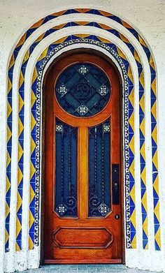 Blue and Yellow Entrance and Door / Condesa, Mexico City, Mexico