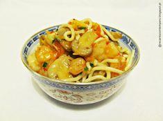 Chow Mien de camarão e cogumelos